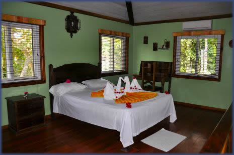 Roatan Island Pearl Accommodations Master Suite